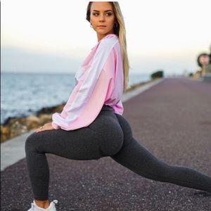 SOLD DONT BUY NVGTN Seamless High Rise Leggings